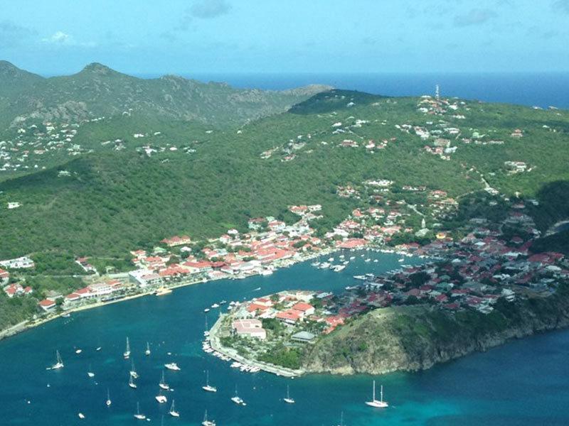 Intro-bis-Chloe-St-Barth-Family-travel-trip-Island-Caribbean-